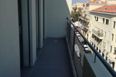 73 m2 avec balcon de 8m2 a louer sur Yaffo Tel Aviv