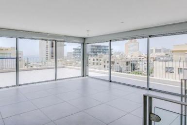 duplex penthouse proche mer de Tel Aviv