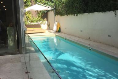 Maison de 300 m2 à louer à Herzliya Pituah
