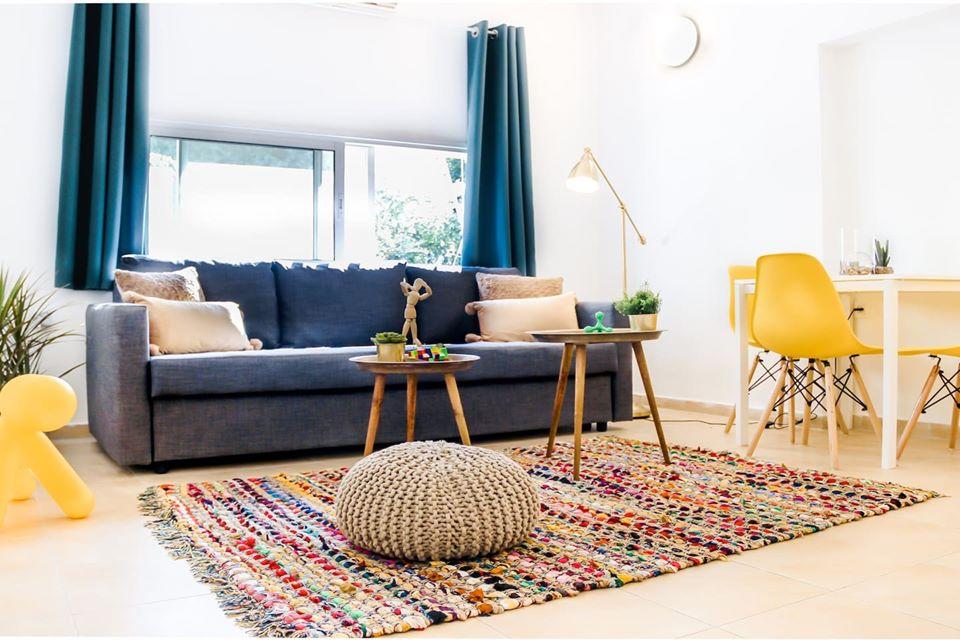 2 pièces 44 m2 ✅ 1 min de la plage et de l'horloge de Yafo - Quartier NOGA ✅Appartement entièrement meublé et équipé ✅ 2 éme étage ✅Parfait pour couple ou célibataire