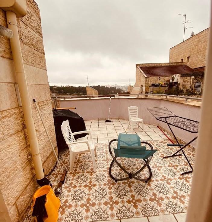 A vendre rue Mara quartier Ramat Beit Hakerem - Jérusalem